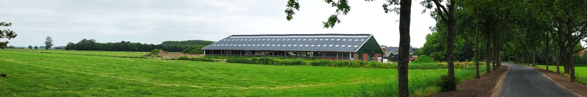 Organic management is a contributory factor in barn construction and dairy housing equipment for dairy farmer Douwe Maat.